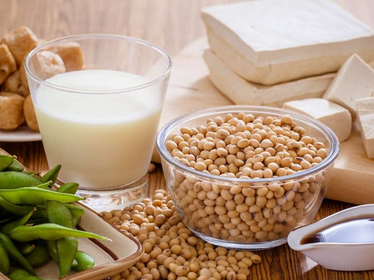 comidas-alto-contenido-fitoestrogenos-menopausia
