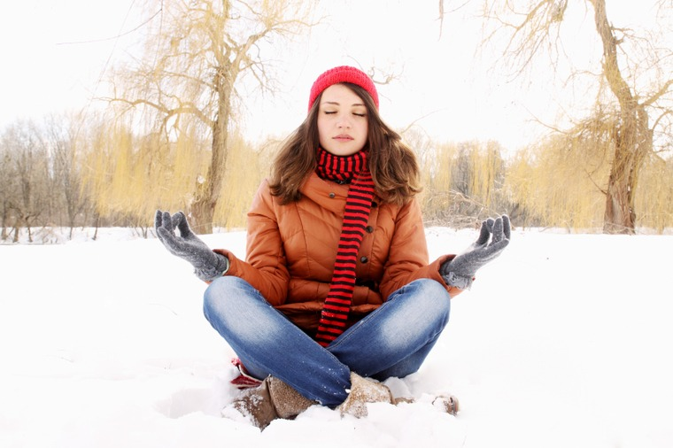 cómo controlar el estrés meditar