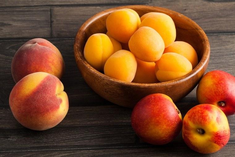 frutas y verduras duraznos