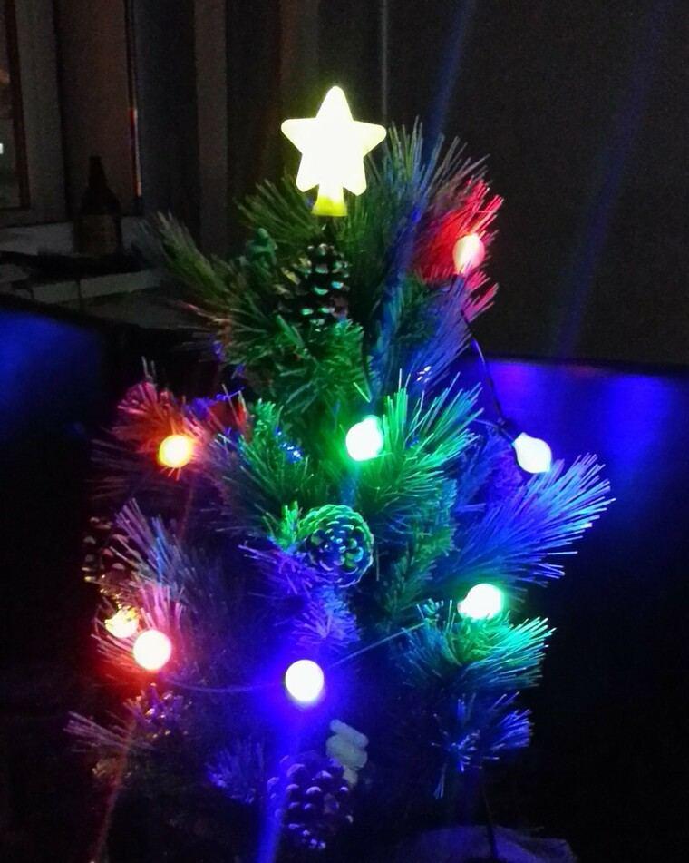iluminación navideña oscuro