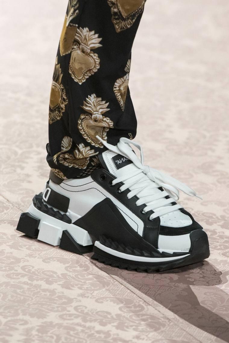 zapatos-2020-dolce-gabbana-color-blanco