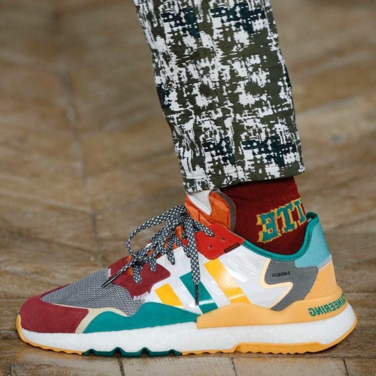 zapatos-otono-invierno-2020-diseno-colorido-hombre