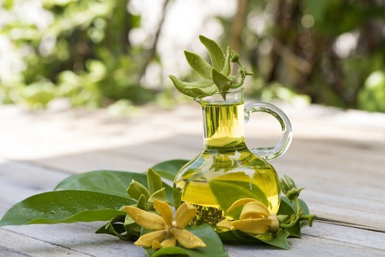 aceite-esencial-ylang-ylang-puro