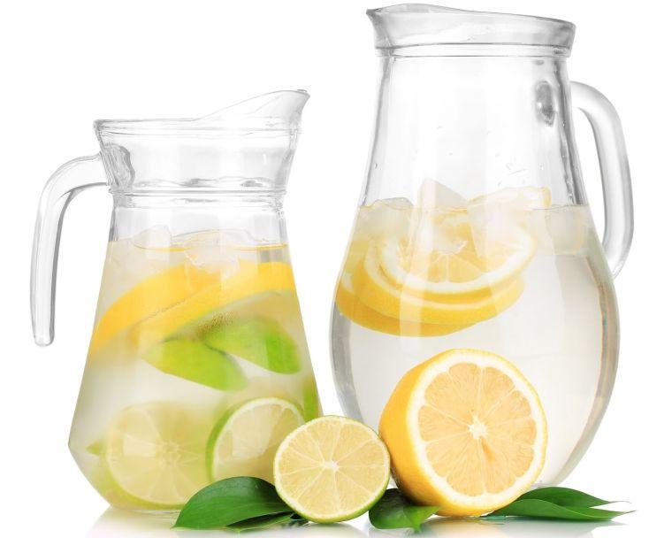 alcalinizar el cuerpo agua limones