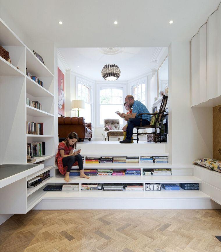 biblioteca en casa despejado
