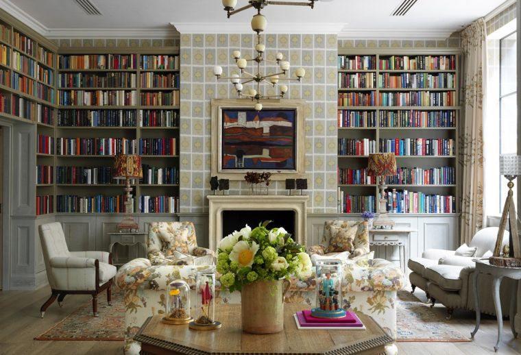 biblioteca en casa organizada
