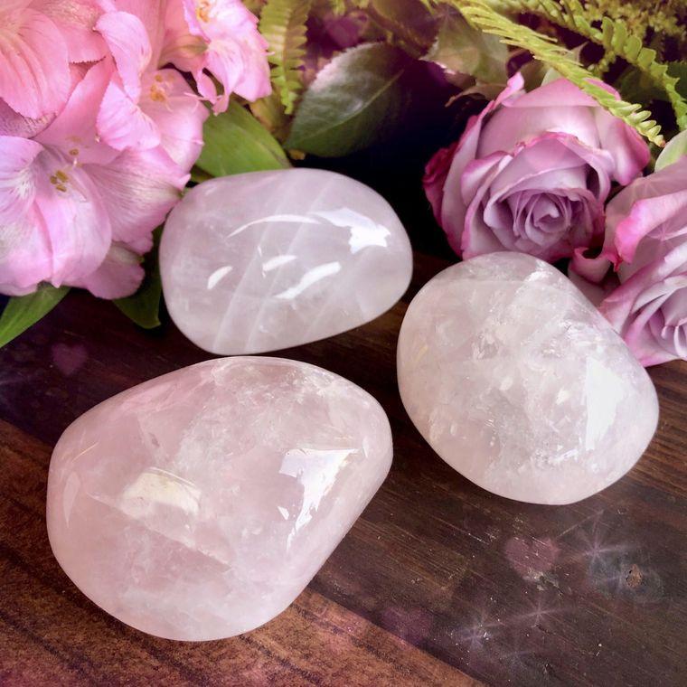 el poder de las piedras rosa