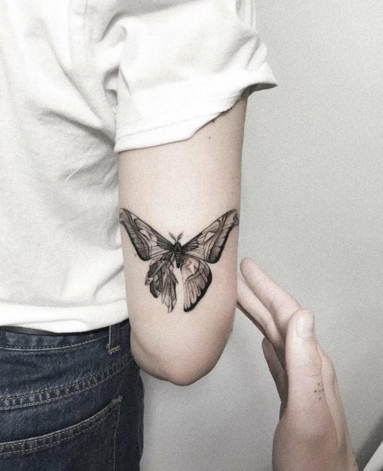 imagenes-tatuajes-mariposa-color-negro