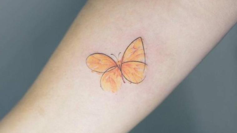 imagenes-tatuajes-mariposa-naranja-claro
