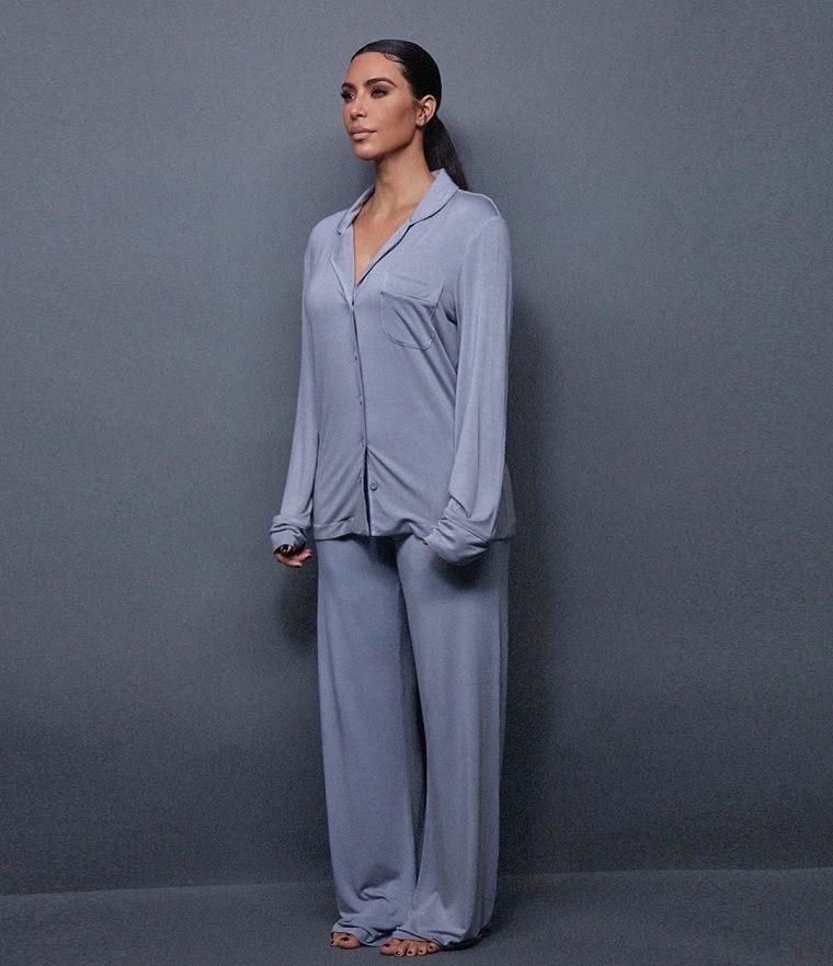kim-kardashian-ropa-hogar-diseno-comodo