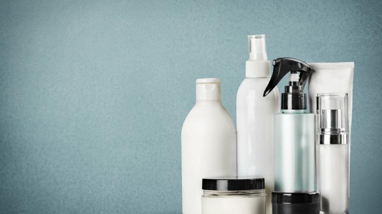 Productos para alisar y tenir el cabello