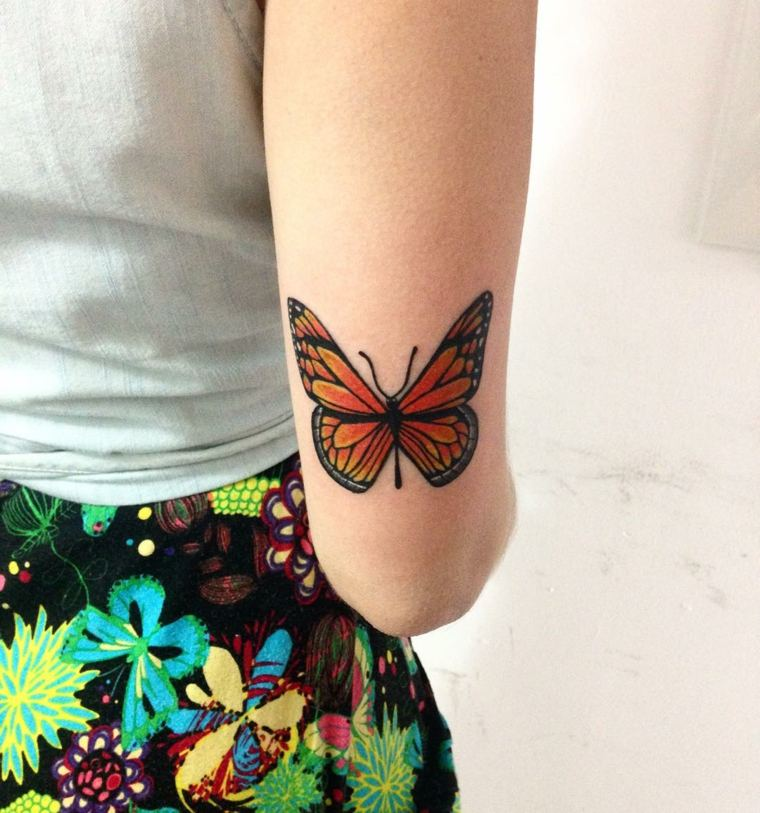 tatuajes-de-mariposas-color-naranja