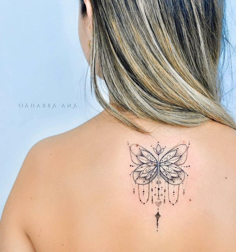 tatuajes-de-mariposas-mandala-dignificado