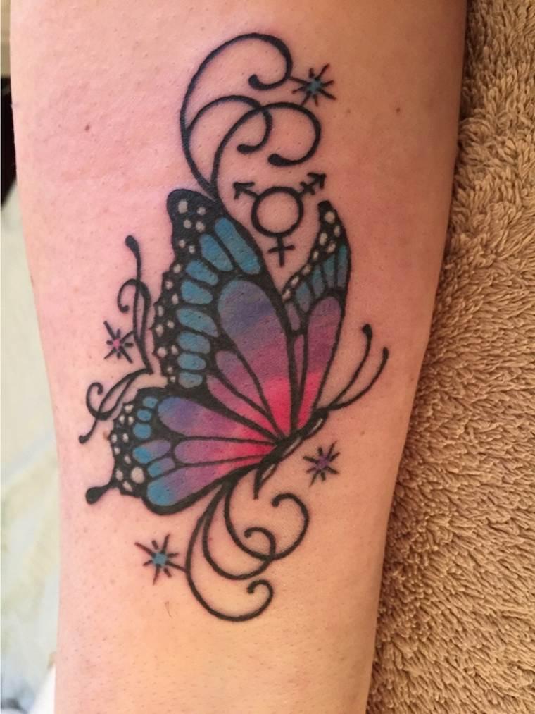 tatuajes-de-mariposas-ornamentos-colores