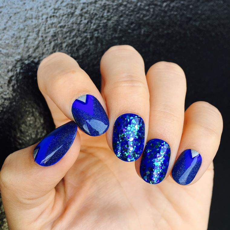 tipos de manicura azul
