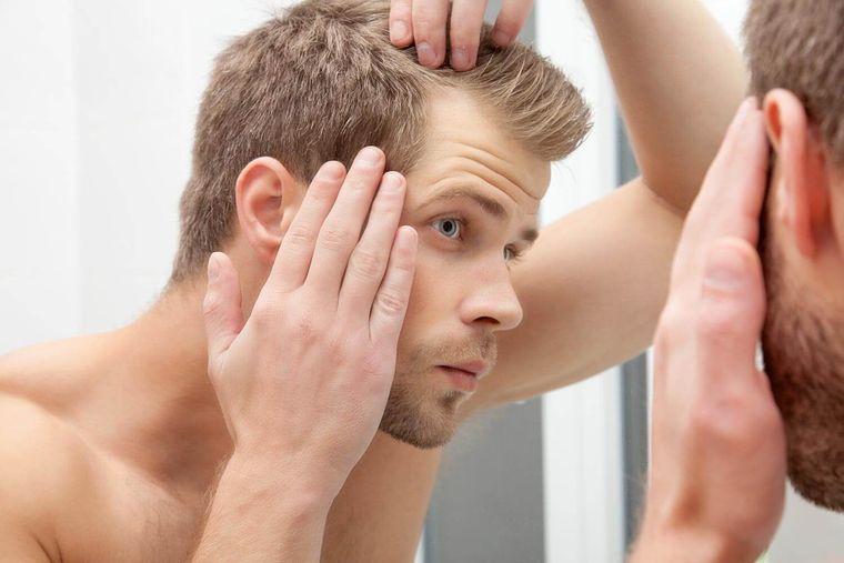 vitaminas para el cabello hombre