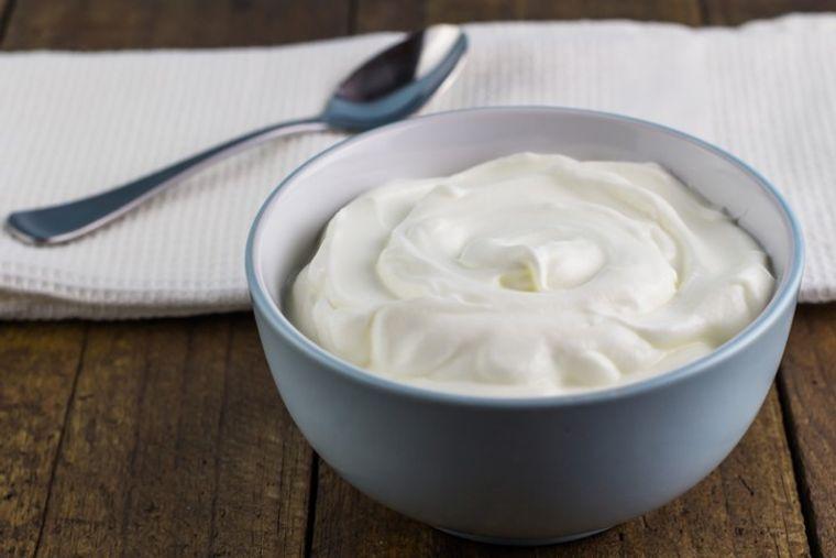 vitaminas para el cabello yogurt