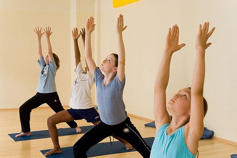 yoga para niños autoestima