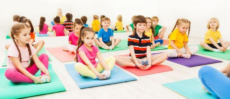 yoga para niños beneficio