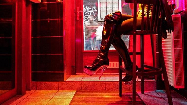 Fuera de la vista: ¿dónde serán retiradas las prostitutas de Amsterdam?