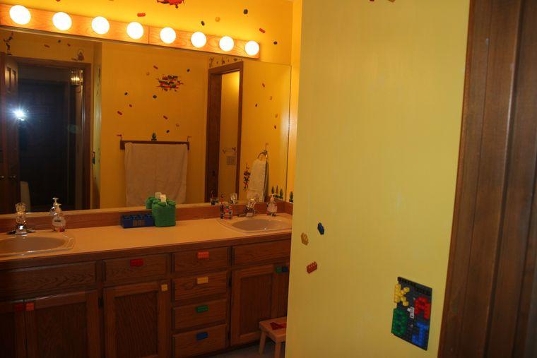 baños para niños iluminacion