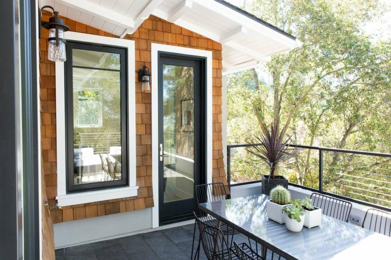 balcones-decorados-terrazas-2020-comer-exterior