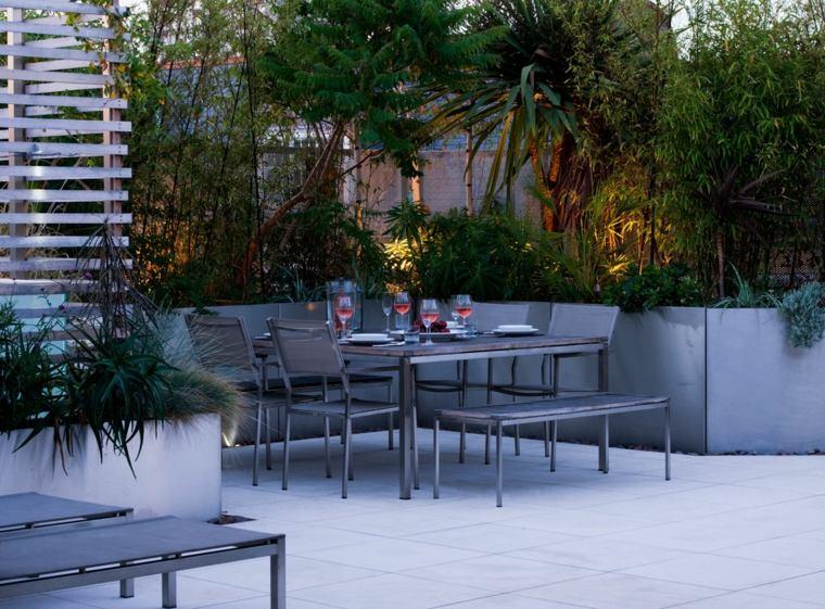 balcones decorados-terrazas-2020-mesa-comedor