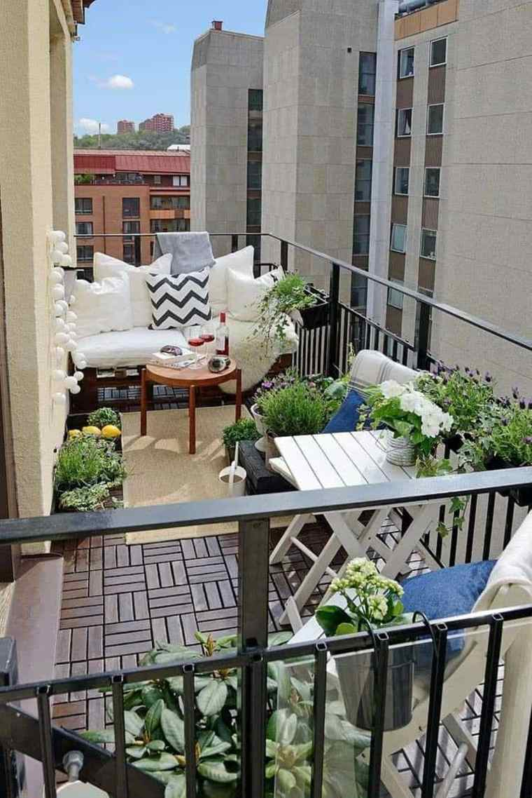 balcones-decorados-terrazas-2020-muebles-plantas