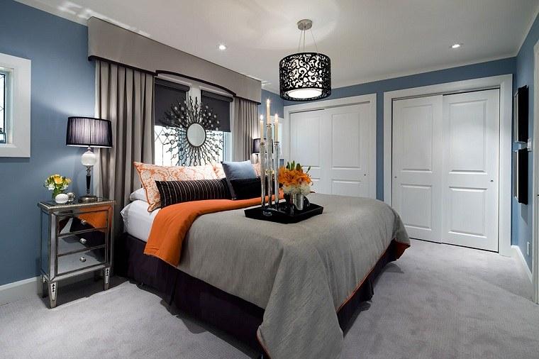 cama-grande-dormitorio-pared-azul