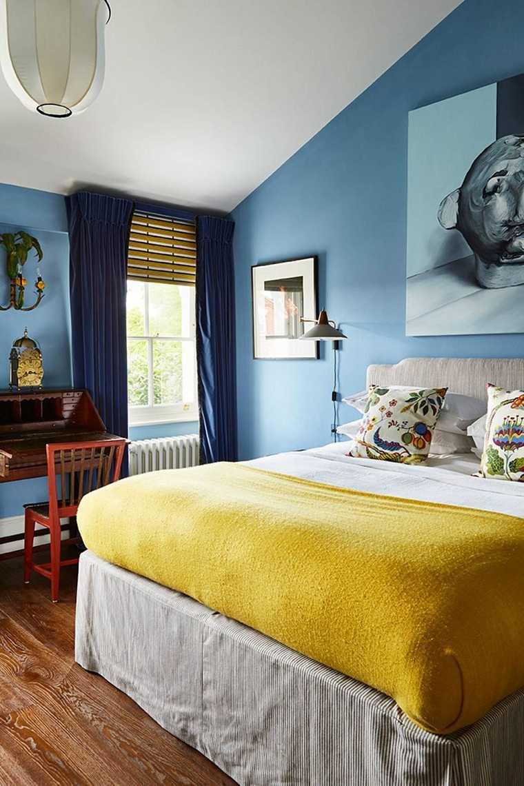 color-azul-claro-pared-dormitorio