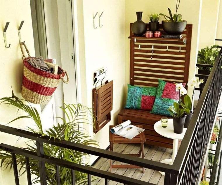 decorar balcón pequeño muebles