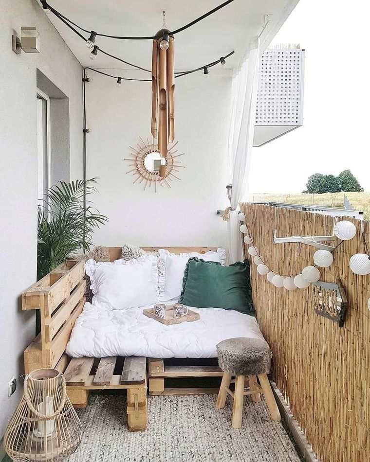 decorar balcón pequeño natural