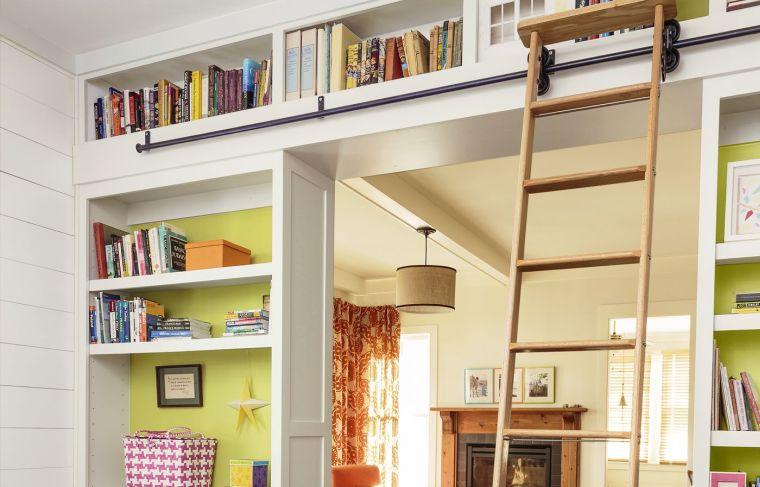estantes modernos escaleras