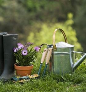 primavera-2020-preparar-jardin-instrumentos-ideas