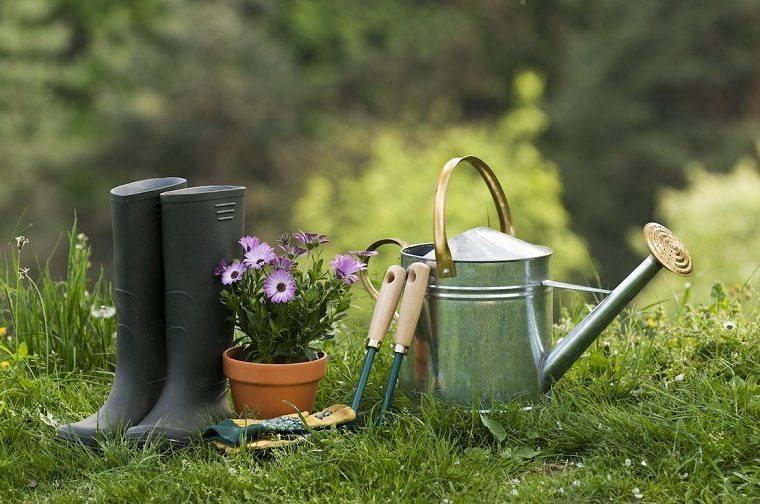 primavera 2020-preparar-jardin-instrumentos-ideas