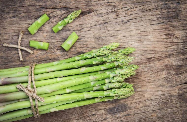 alimentos verdes-mejor-salud-esparragos