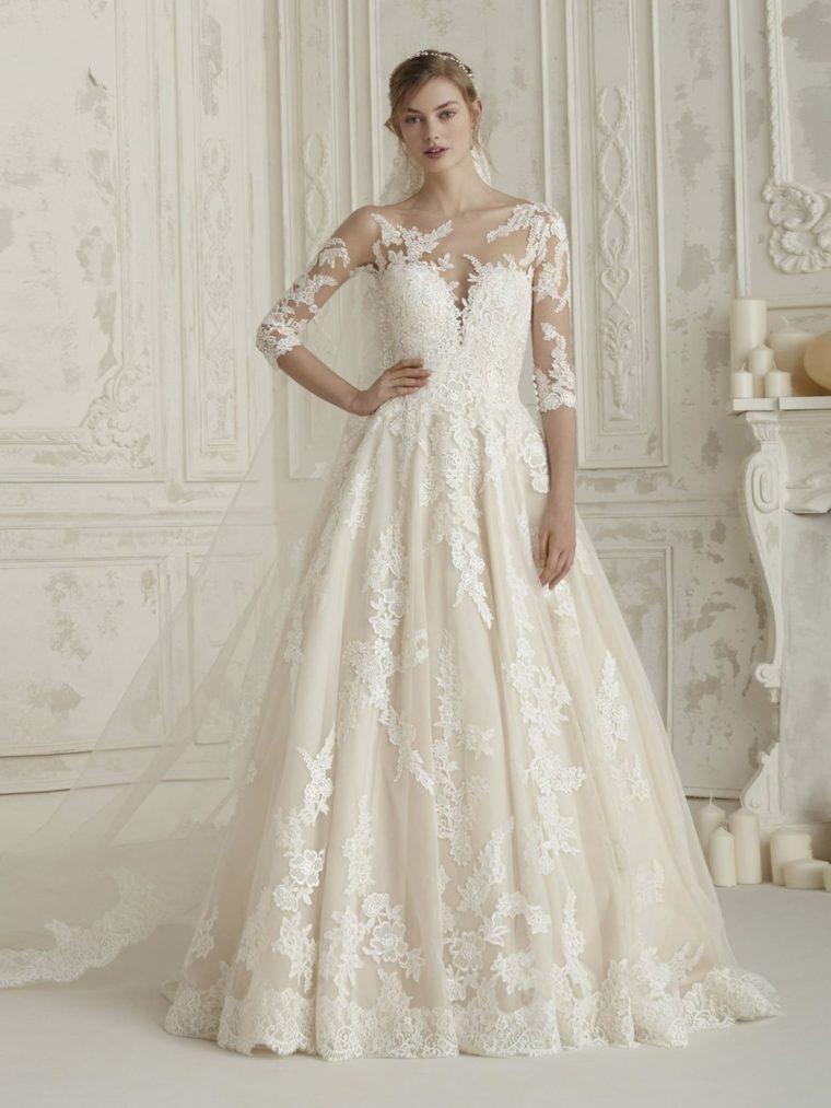 boda-vestidos-novia-diseno-flores-mangas