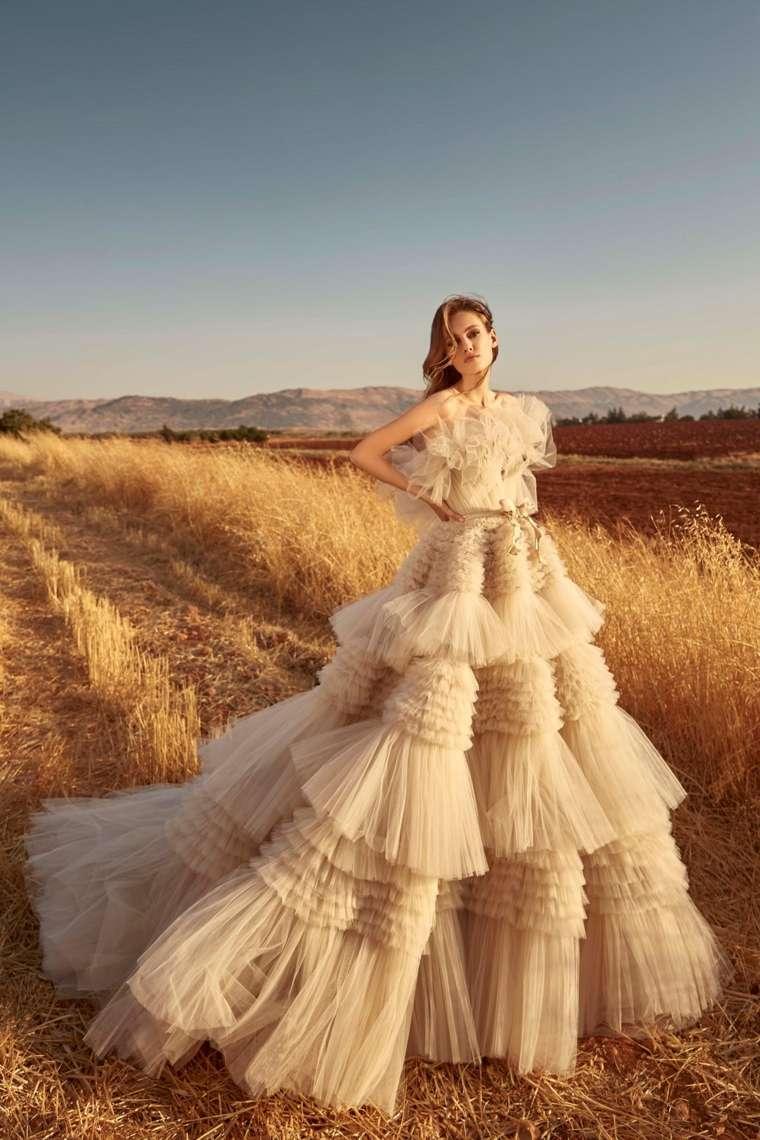 boda-vestidos-novia-diseno-moderno