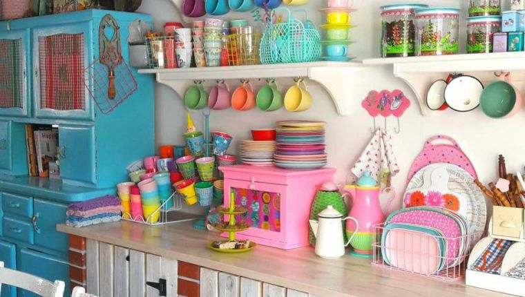 cocinas pequeñas colores