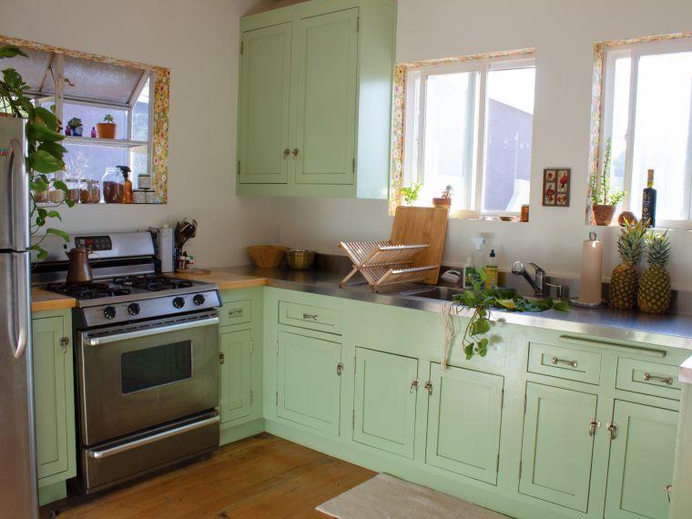 cocinas pequeñas verde