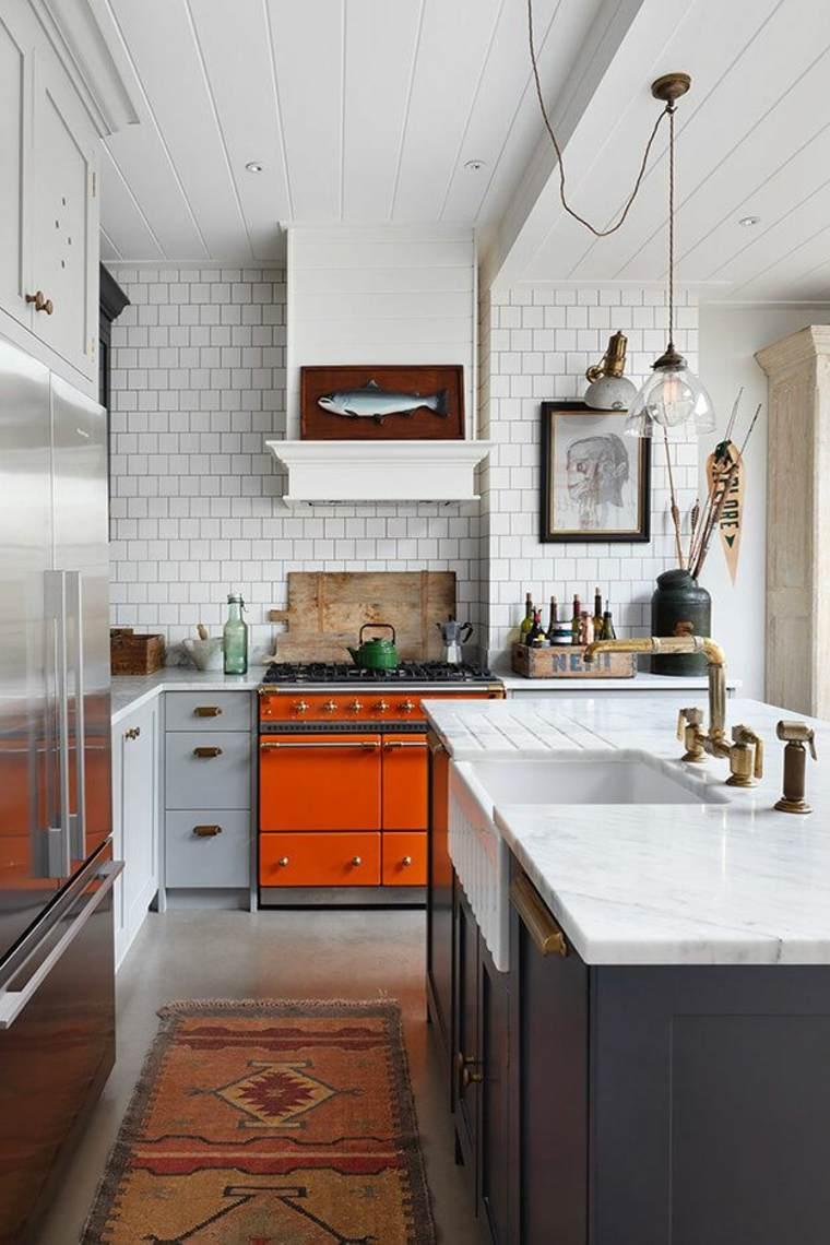 diseno-cocina-horno-naranja-ideas