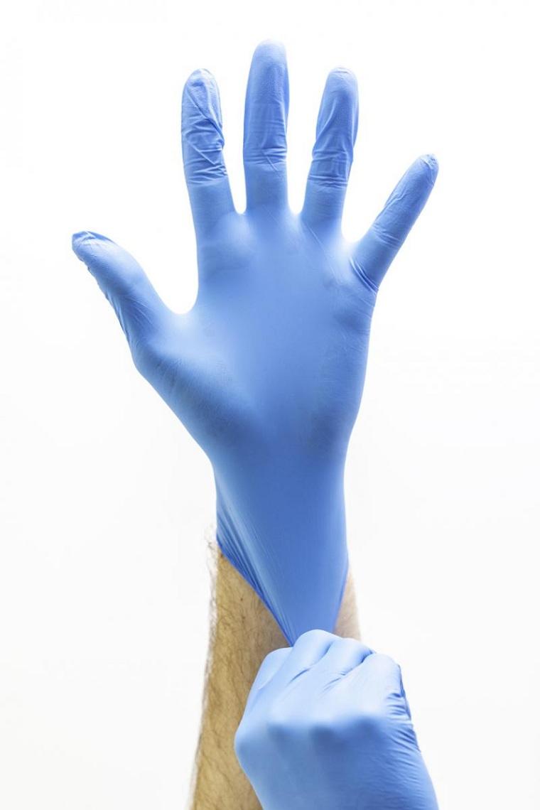 el-corona-virus-guantes