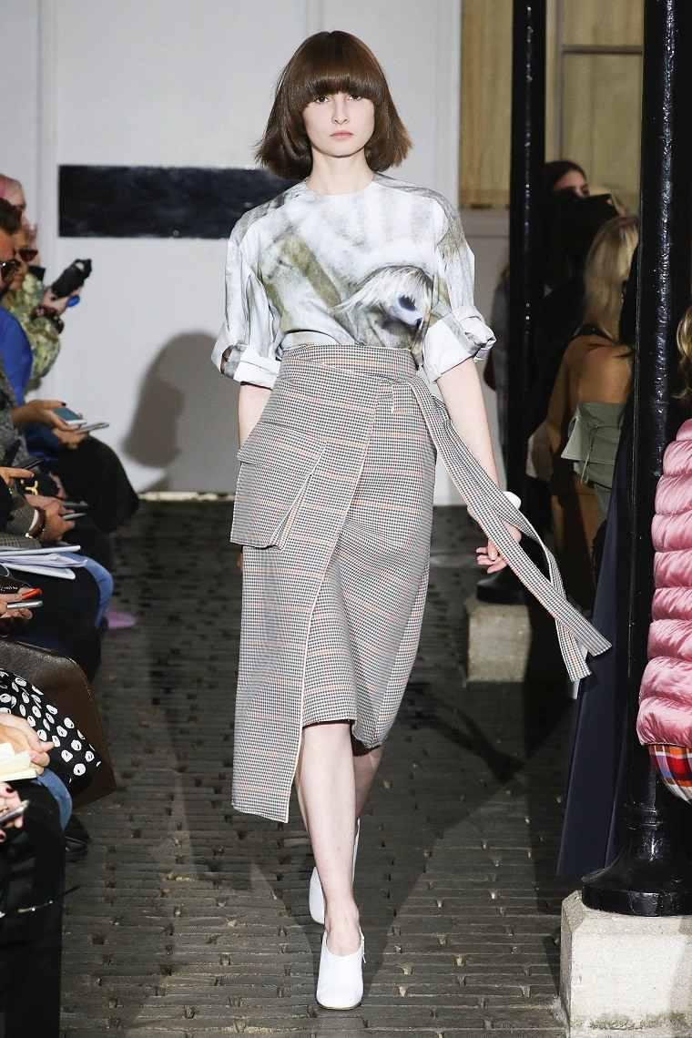 faldas-de-moda-2020-cruzadas-elegantes