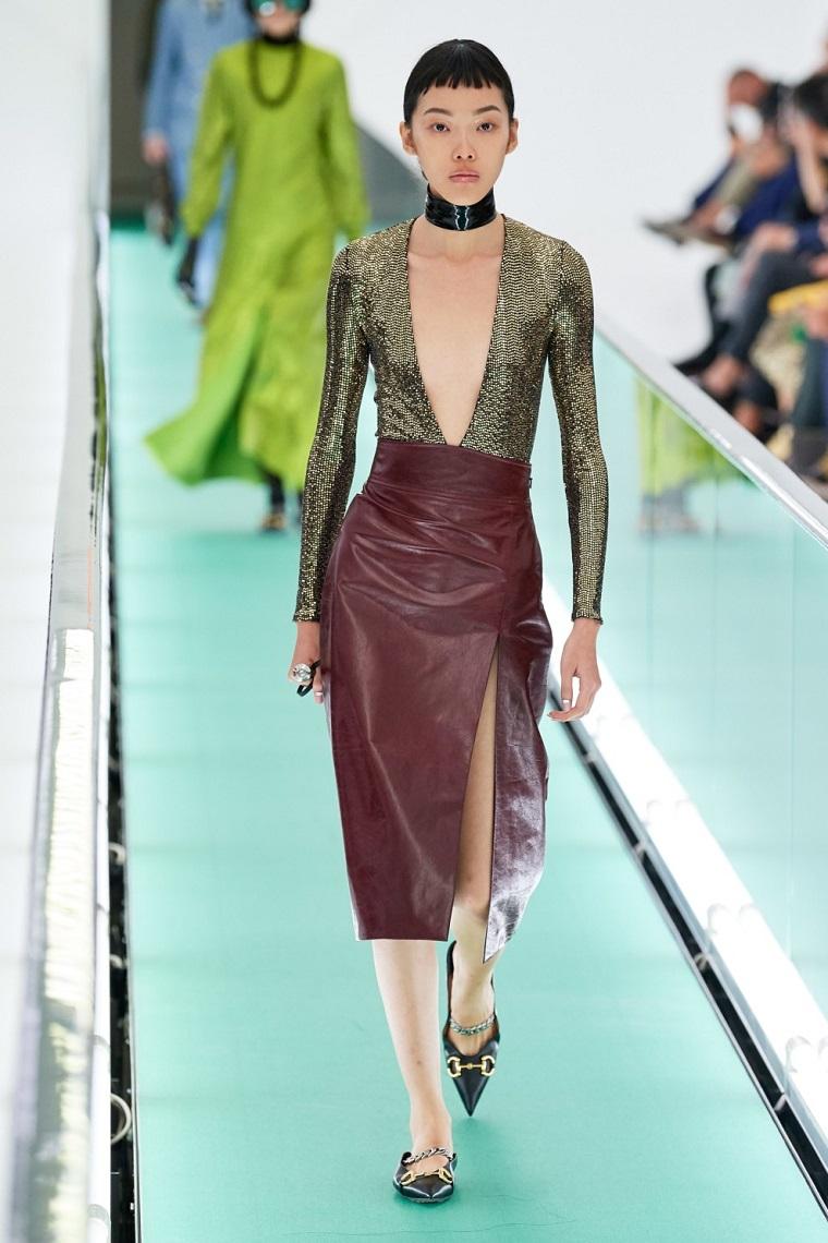 faldas-de-moda-2020-cuero