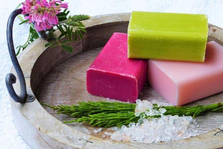 jabón casero colores