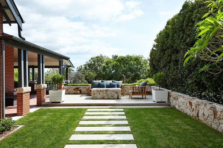 jardin-camino-lugar-descanso