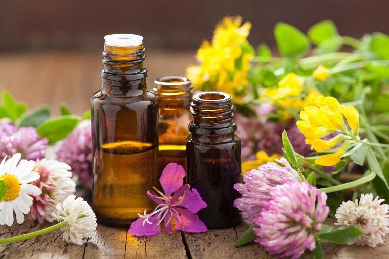 productos-naturales-limpiar-casa-aceite-esencial