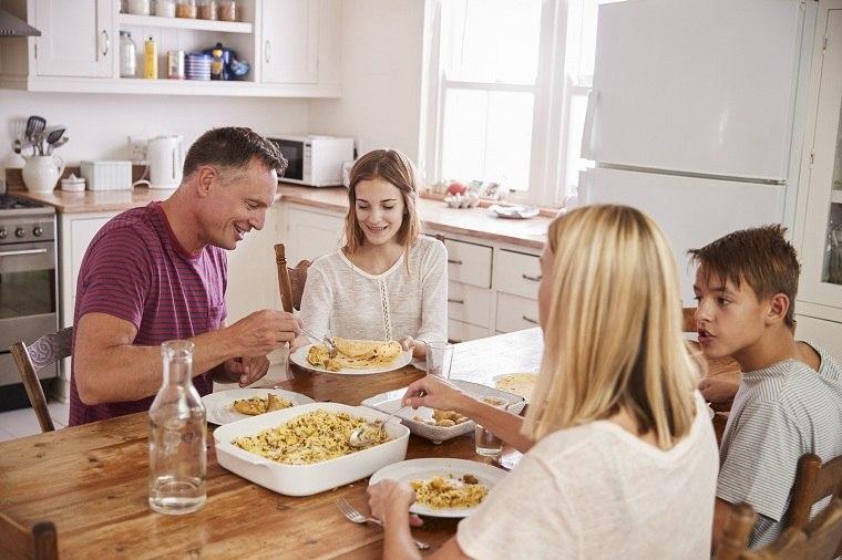 tiempo-de-calidad-en-familia-cocinar