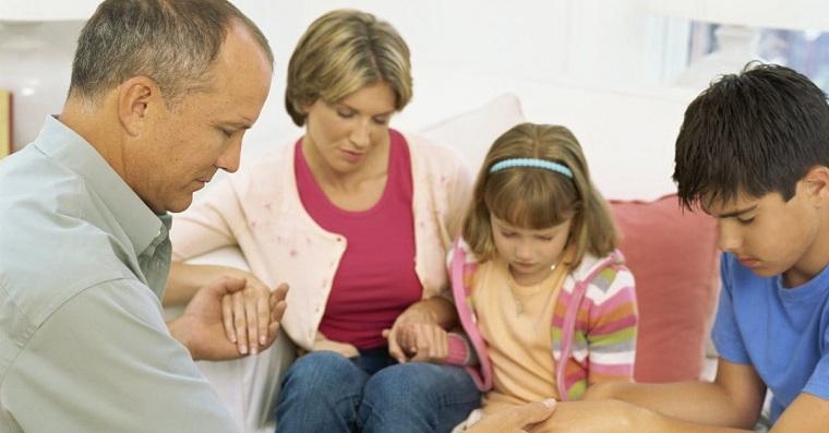tiempo-de-calidad-en-familia-orar