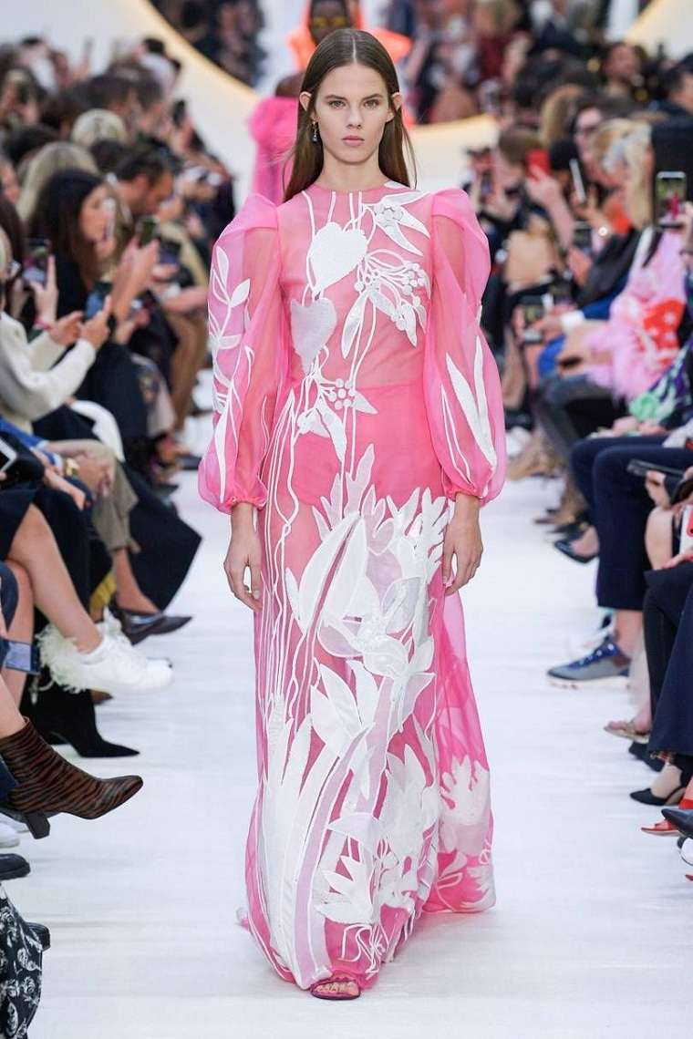 vestidos-de-moda-2020-valentino-estilo